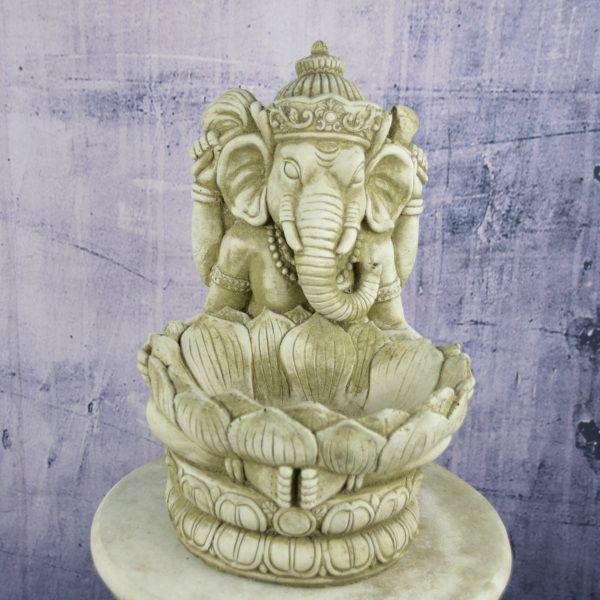 Ganesha mit Schale